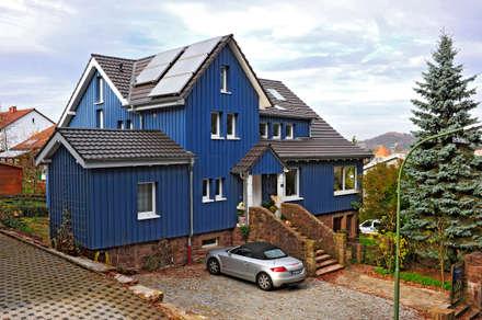 landhausstil architektur h user ideen bilder homify. Black Bedroom Furniture Sets. Home Design Ideas