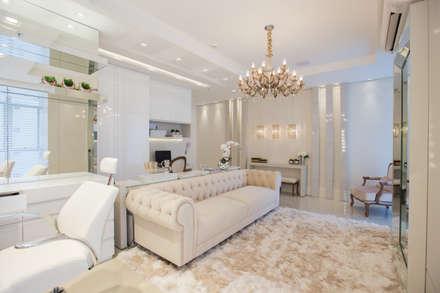 محلات تجارية تنفيذ Rolim de Moura Arquitetura e Interiores