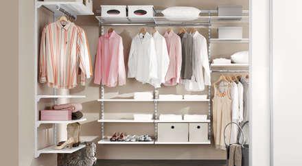 industrial Dressing room by Regalraum GmbH