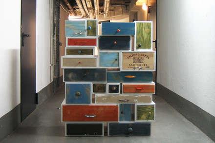 Möbel aus alten Schubkästen II:  Veranstaltungsorte von Selma Serman