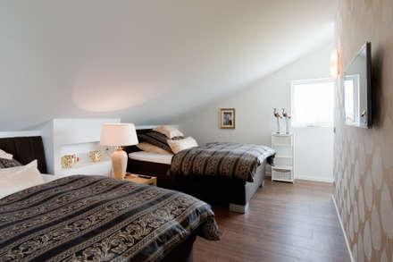 Phòng ngủ by Architektur Jansen