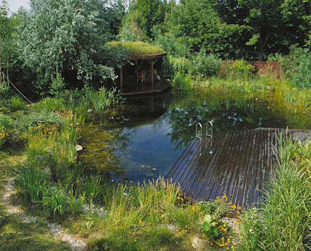 Ogród: styl , w kategorii Ogród zaprojektowany przez Architektura krajobrazu- naturalne systemy uzdatniania wod