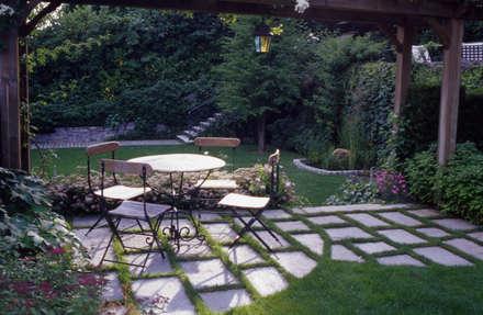 สวน by MASSIMO SEMOLA PROGETTAZIONE GIARDINI MILANO