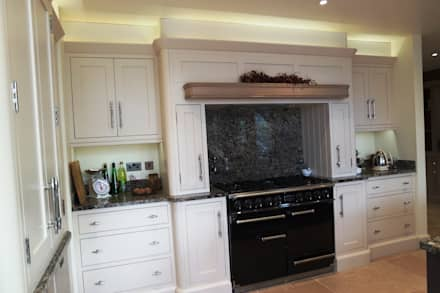 HAND BUILT KITCHEN: colonial Kitchen by COOPER BESPOKE JOINERY LTD