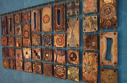 Formelle in ceramica Raku: Spa in stile in stile Eclettico di Forgiatore di Elementi di Giuseppe Sautto