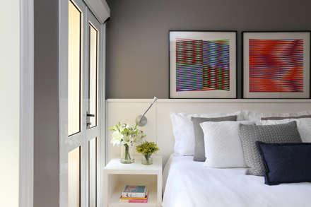 Apartamento R|C: Quartos  por Now Arquitetura e Interiores