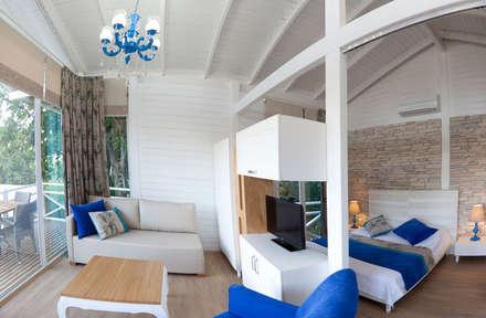SAKLI GÖL EVLERİ – Saklı Göl Evleri: modern tarz Yatak Odası