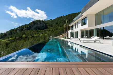 minimalistic Pool by RM arquitectura