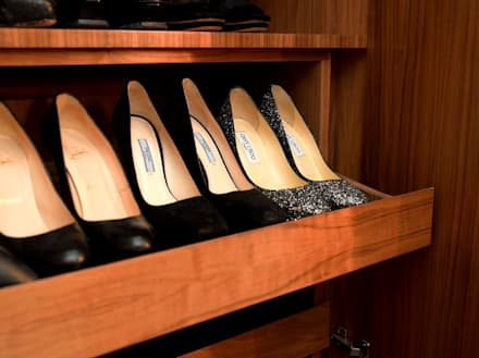 Bespoke shoe cabinet : classic Dressing room by In:Style Direct