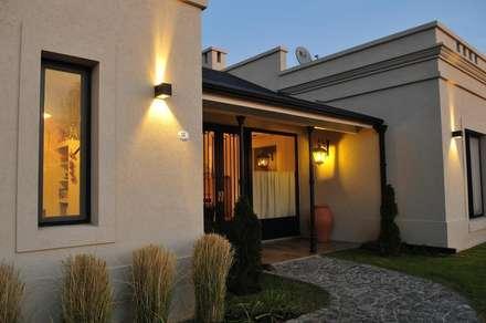 detalle: Casas de estilo rural por Parrado Arquitectura