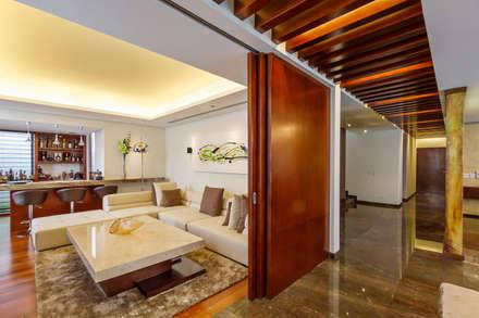 modern Study/office by Enrique Cabrera Arquitecto