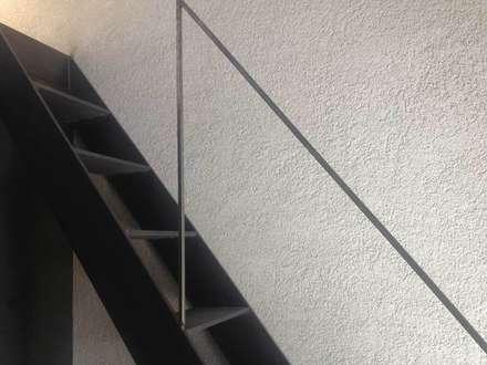 Ingresso corridoio scale in stile coloniale homify for Casa colonica coloniale