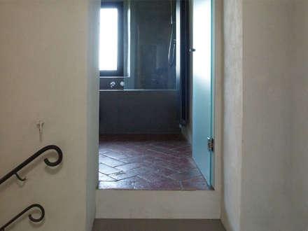 Finestre porte in stile coloniale homify for Casa colonica coloniale