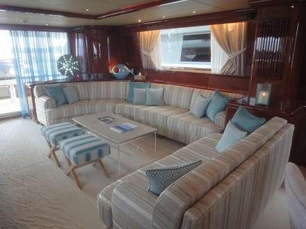 Yacht: Yachts & Jets de style de style Moderne par Vincent Bonhomme