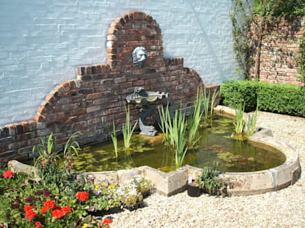 Lion Head Water Fountain: country Garden by Unique Landscapes