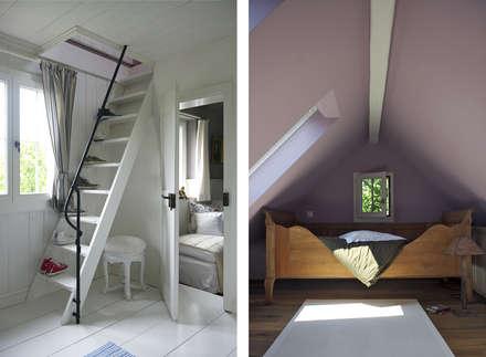 Gästezimmer unterm Dach: landhausstil Schlafzimmer von Dr. Schmitz-Riol Planungsgesellschaft mbH