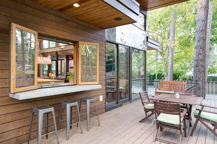 Denver Street Lot 7: modern Houses by Uptic Studios