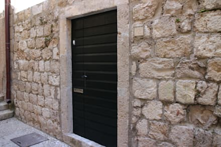 exterior wall:  Walls by drawing agency ltd