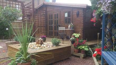 Wooden garages: classic Garden by Quick garden LTD