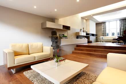 ​Waterford Road, London: modern Living room by Volume 3