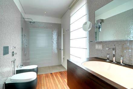 badezimmer ideen design und bilder homify. Black Bedroom Furniture Sets. Home Design Ideas