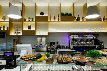 Caffellatte: Bar & Club in stile  di lollo e dado