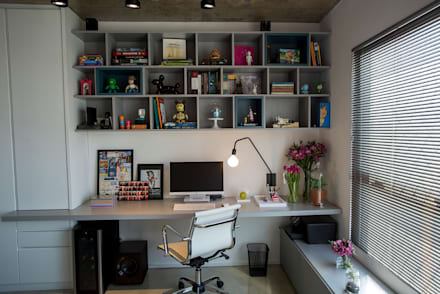modern Study/office by Casa 2 Arquitetos