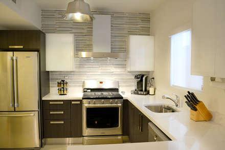 Cocina La Rioja  2: Cocinas de estilo moderno por Toren Cocinas