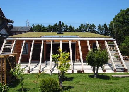 外観 mat house: KAZ建築研究室が手掛けた家です。