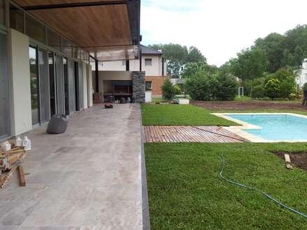 classic Garden by Baltera Arquitectura