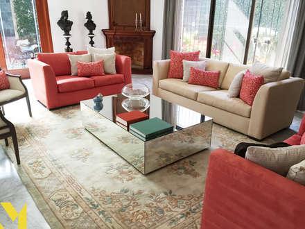 Casa Faubert : Salas de estilo clásico por MM estudio interior