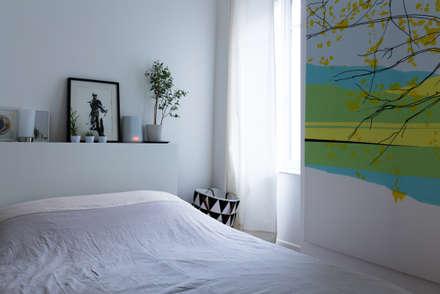 Chambre: Chambre de style de style Moderne par EK Architecte