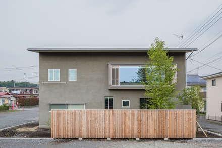 奈坪の家 / House in Natsubo: 水野純也建築設計事務所が手掛けた家です。