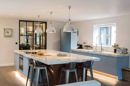 Private Residence, Surrey: modern Kitchen by Nice Brew Interior Design
