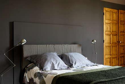 Mas en Provence: Chambre de style de stile Rural par STEPHANIE MESSAGER