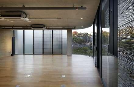 Interior: WISE Architecture의  회사