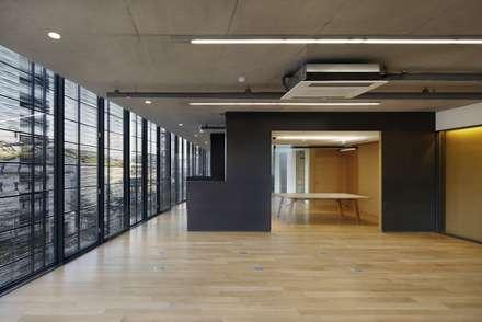 Interior: WISE Architecture의  상업 공간