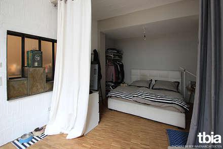 Schlafen: industriale Schlafzimmer von tbia - Thomas Bieber InnenArchitekten