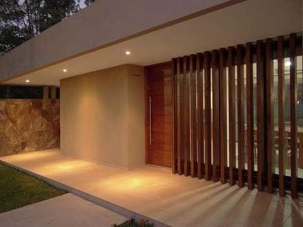 مکانات by D'Odorico Arquitectura & Obras