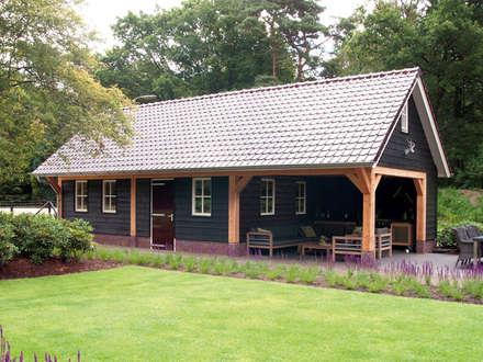 country Garage/shed by Geldersche Houtbouw