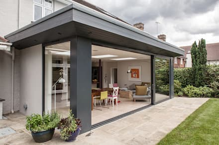 Rear Extension: modern Houses by Nic  Antony Architects Ltd