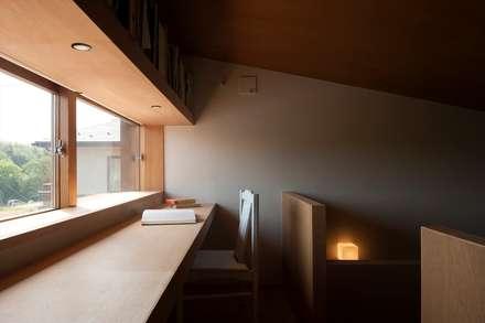 書斎: 宇佐美建築設計室が手掛けた書斎です。