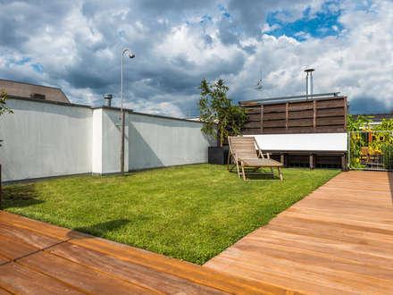 Terrazas de estilo  por Kahrs GmbH