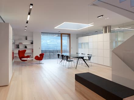 edificio unifamiliare  PF: Sala da pranzo in stile in stile Minimalista di Burnazzi  Feltrin  Architects