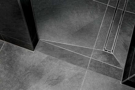 Bad04: minimalistische Badezimmer von badconcepte