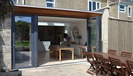 Kitchen dining extension:  Windows  by Hetreed Ross Architects