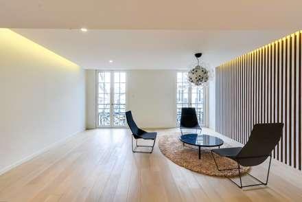 Bureaux d'architectes: Bureau de style de style Moderne par Meero