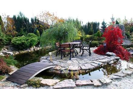 Wypoczynek nad wodą: styl , w kategorii Ogród zaprojektowany przez Centrum ogrodnicze Ogrody ResGal