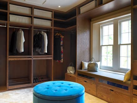 Dressing room, Manor Farm, Oxfordhire: modern Dressing room by Concept Interior Design & Decoration Ltd