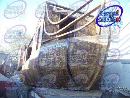 BARCO PIRATA ACUATICO: Jardines de estilo industrial de PARQUES ACUATICOS